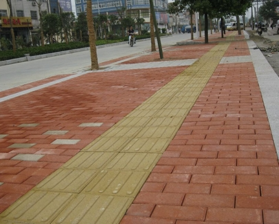 沙坪坝开发区道路铺装项目