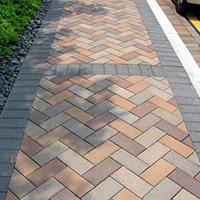 重庆市三峡广场人行道透水砖项目